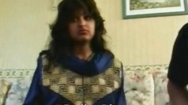 বহু পুরুষের বাংলা ভিডিও xxxxx এক নারির পোঁদ জোড়া বাঁড়ার চোদন