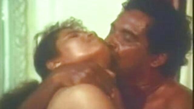 স্বামী বাংলা নেকেড ভিডিও এক্স ও স্ত্রী