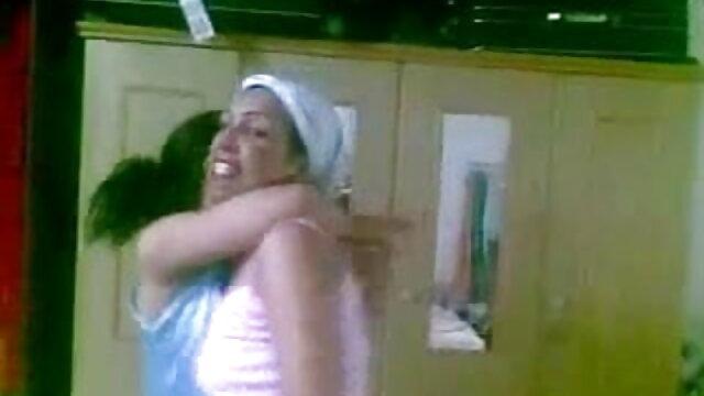 মাই বাংলা ভিডিও নেকেড এর গুদ সুন্দর দুর্দশা