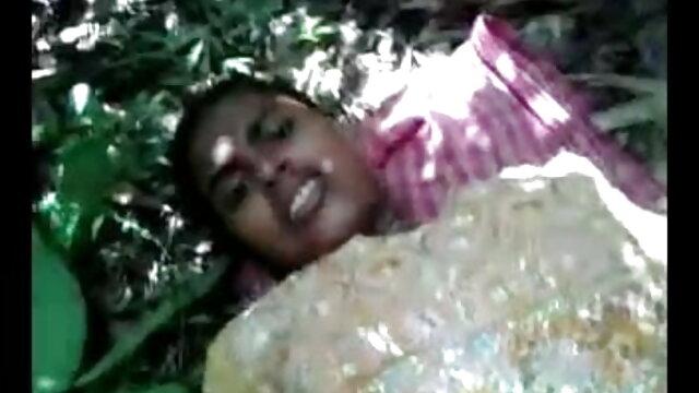 বড়ো মাই, বাংলা কথা সহ চুদা চুদি বাঁড়ার রস খাবার