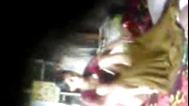 বহু পুরুষের এক চুদা চুদি vedio নারির
