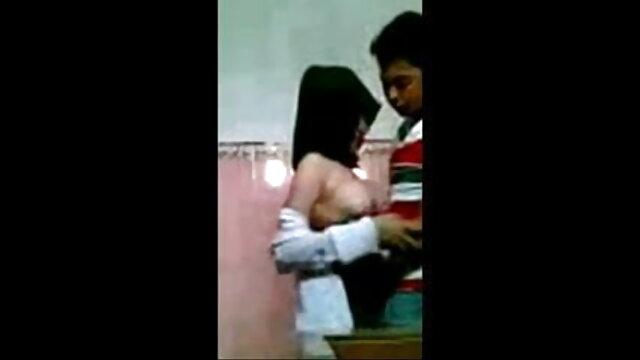 তিনে মিলে, দ্বৈত মেয়ে বাংলা sex video ও এক পুরুষ