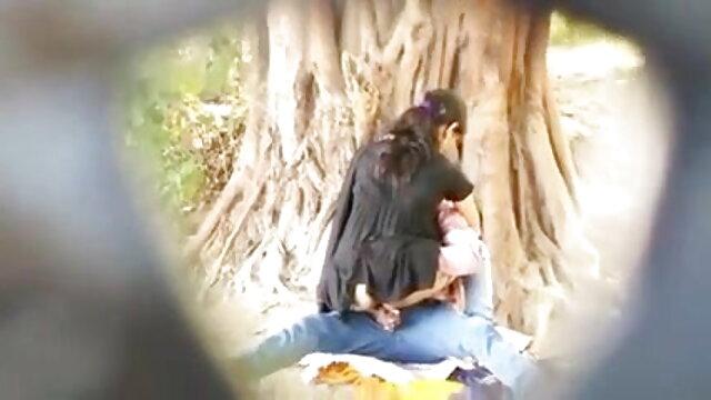 ট্যাক্সি sex বাংলা video ড্রাইভার একটি নাইটক্লাব পর একটি ছাত্র সব