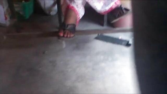 ছাত্র, লুকানো বাংলা sxe video ক্যামেরা