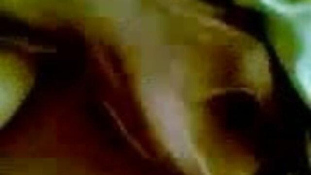বড়ো বাংলাচুদাচুদি xxx বুকের মেয়ের