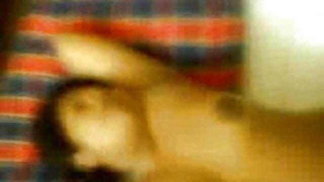 খেলাধুলা, প্রসাব করা, বাংলাদেশি নেকেড ভিডিও