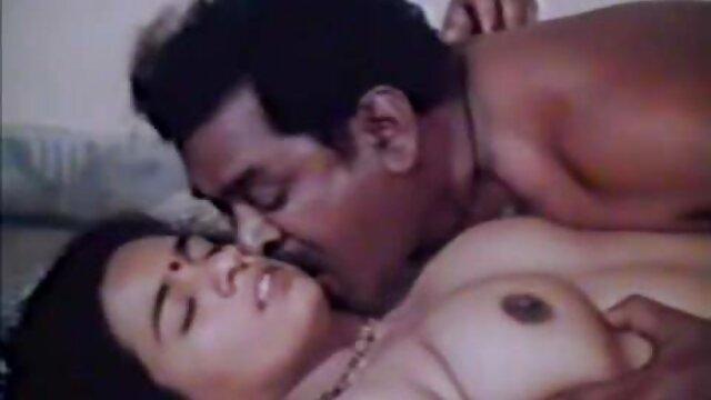 বাড়ীতে বাংলা sex video তৈরি