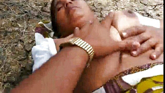 শ্যামাঙ্গিণী, সুন্দরী বাংলা নাইকার চুদাচুদি বালিকা
