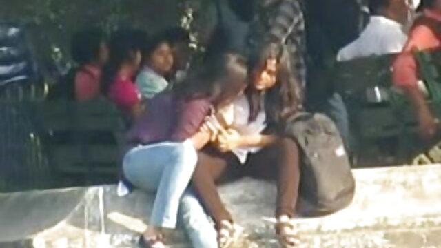 বাড়ীতে বাংলাদেশি মেয়েদের sex video তৈরি জার্মান