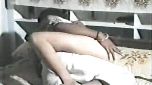 সুন্দরি সেক্সি মহিলার বাংলা নাইকার চুদাচুদি