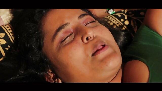 সুন্দরী বাংলা চুদা চুদি sex বালিকা