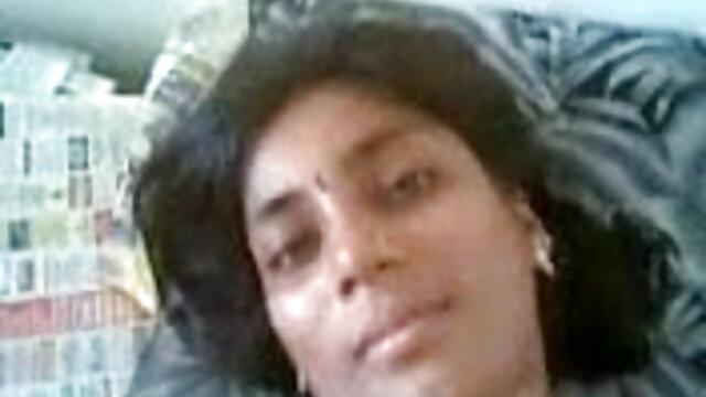সুন্দরি বাংলাদেশি মেয়েদের sex video সেক্সি মহিলার, পরিণত