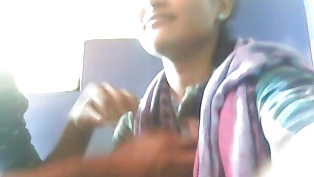 যৌন্য উত্তেজক ছোট মাই sex বাংলা video