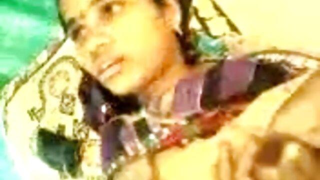মেয়ে সমকামী বাংলা নাইকার চুদাচুদি অপেশাদার সুন্দরি সেক্সি মহিলার